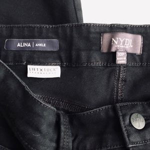NYDJ ALINA Black Jeans w/Embroidery Detail